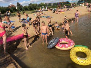 obóz dla dzieci nad jeziorem
